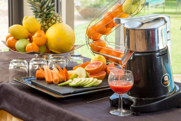 Orange Juices Expressed BW Park Hotel Rome North Fiano Romano